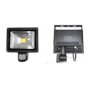 Halogen LED czarny z czujnikiem ruchu i zmierzchu Slidehome